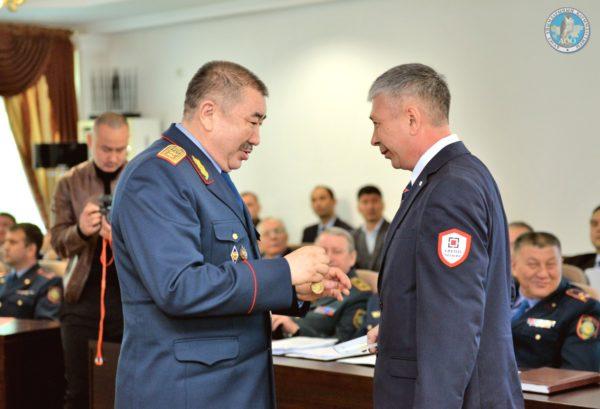 Поощрение супервайзера ТОО ГРУПП Четыре Мукушева Д.Т за спасаение людей при пожаре