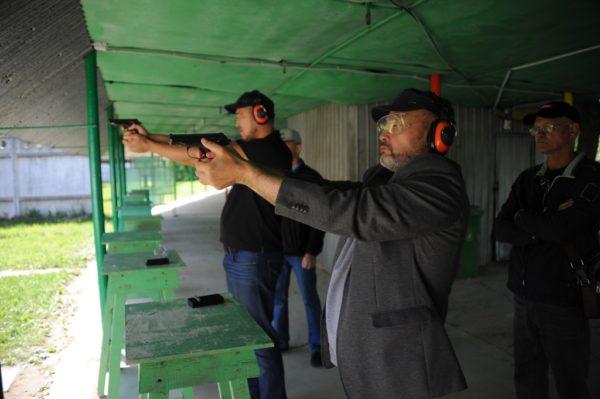 Стрельба руководителей охранных компаний